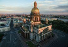 nhà thờ ở Saint Petersburg