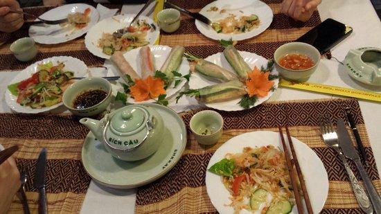 Nhà hàng kiểu Việt ở Moscow